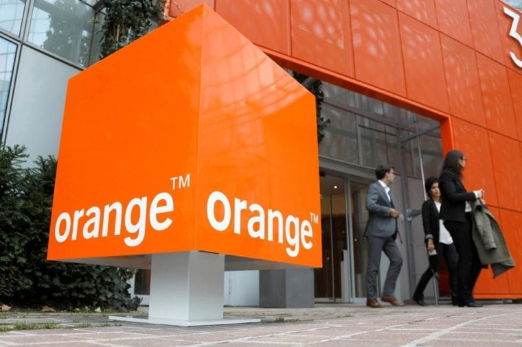 Orange and PLDT Group sign partnership to improve global voice services